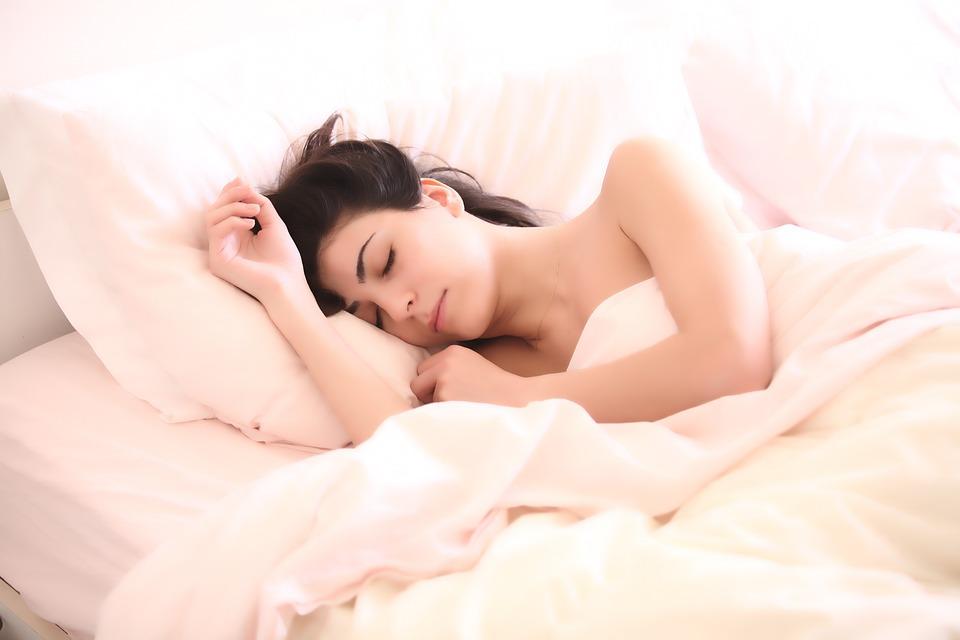 How Does a Lack of Sleep Make Arthritis Worse?
