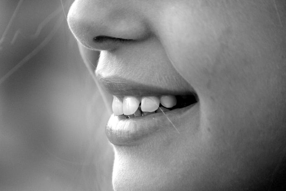 4 Reasons You Should Use a Tongue Scraper