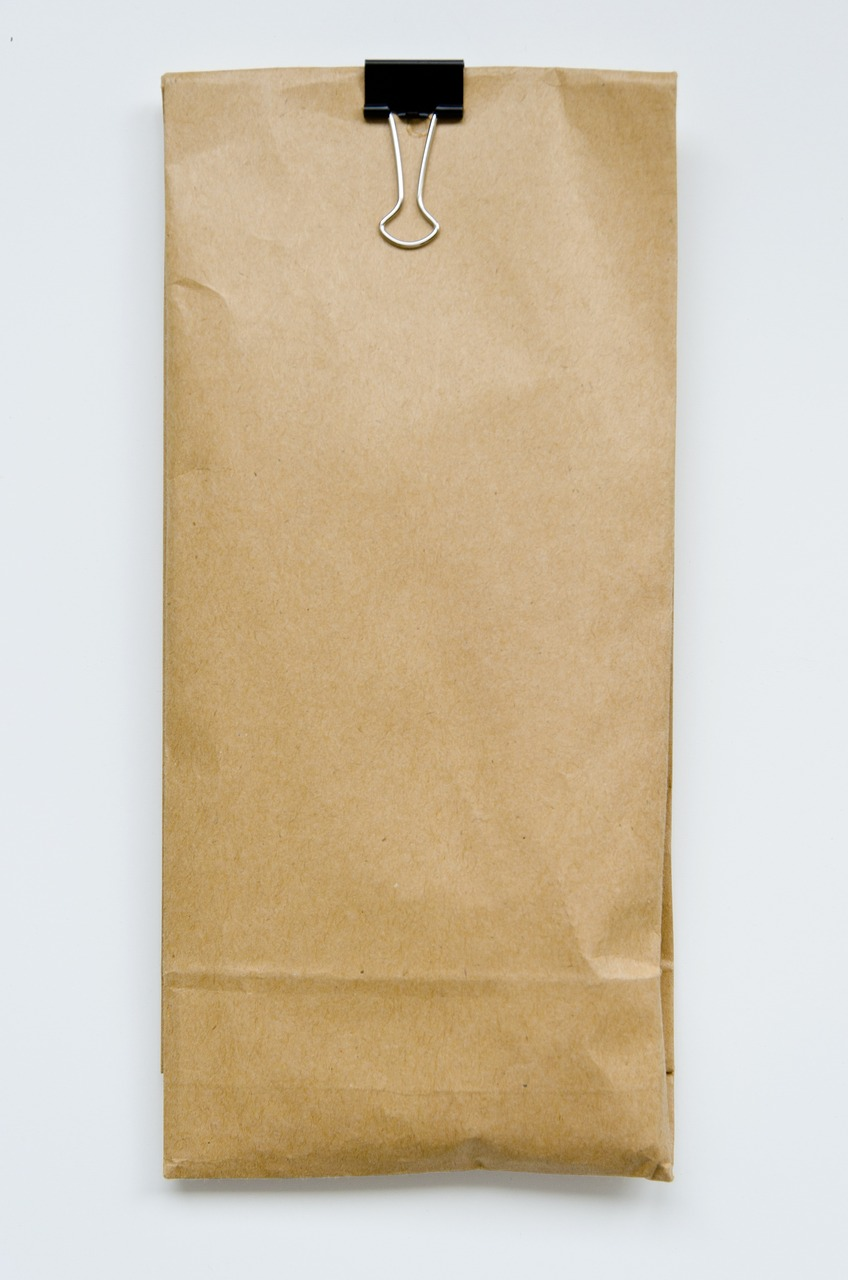 Are paper bags still popular in 2021?